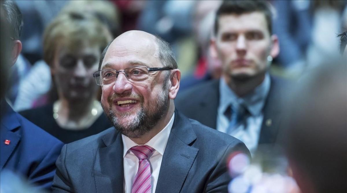 Schulz sonríe en un mitin electoral en Leipzig, el 27 de febrero.