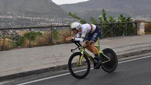 Filippo Ganna, en plena acción.