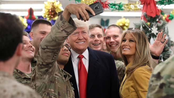 Trump i Melania visiten per sorpresa les tropes dels EUA a l'Iraq