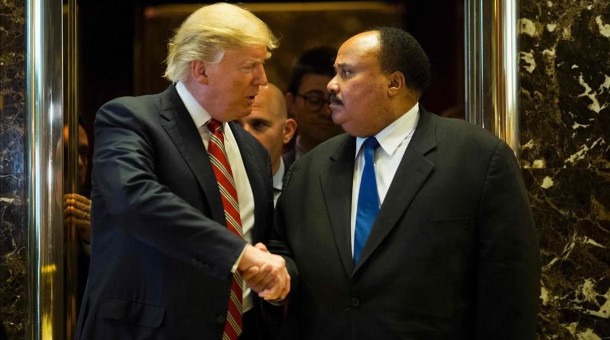 Trump, con Martin Luther King III.