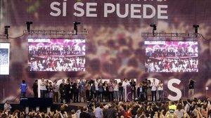 Asamblea ciudadana de Podemos en el Palacio de Deportes de Vistalegre de Madrid