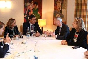 Nissan se compromete con Sánchez a que no habrá despidos en España
