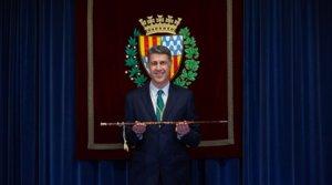 Xavier García Albiol, durante su toma posesión como alcalde de Badalona, este martes 12 de mayo.