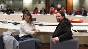 El vicepresidente del Gobierno de Derechos Sociales y Agenda 2030, Pablo Iglesias y la ministra de Trabajo, Yolanda Díaz, en la reunión con sindicatos agrarios de Extremadura y Andalucía, en Madrid.