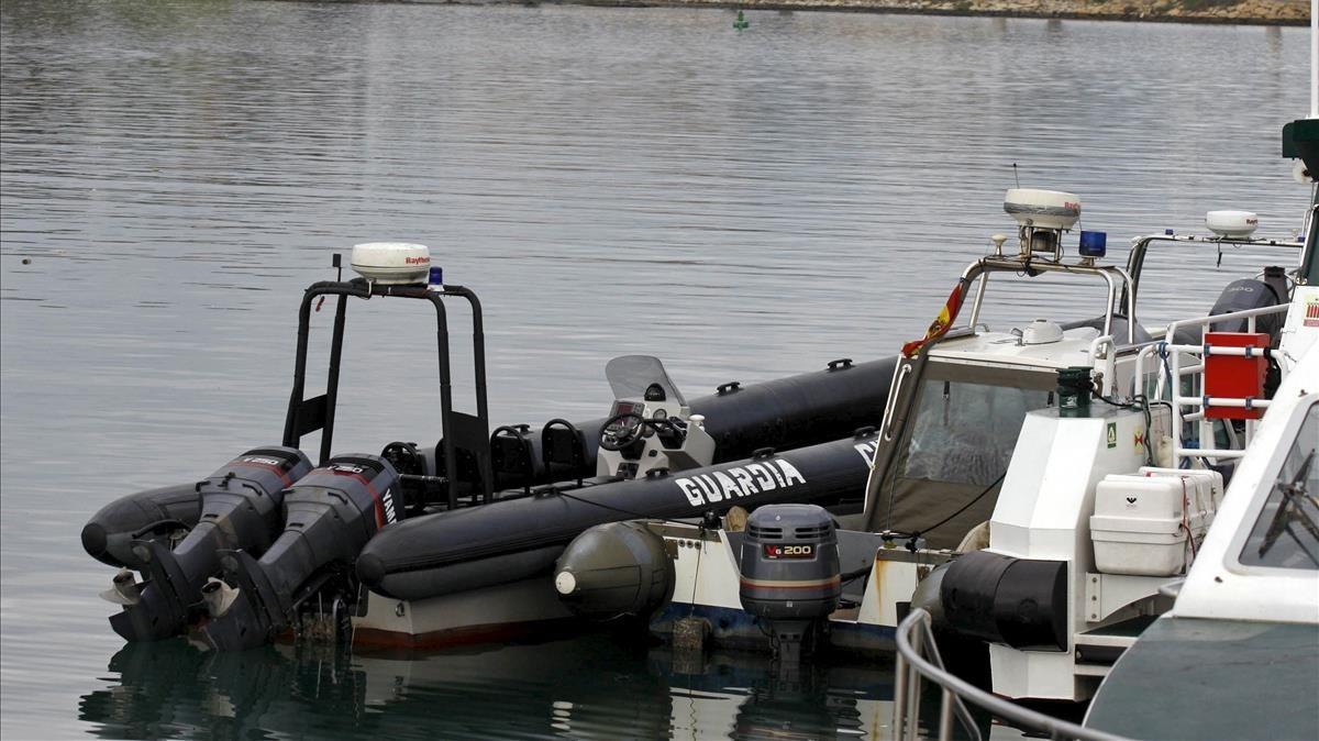 'Narcolancha' incautada por la Guardia Civil de Algeciras a narcotraficantes.