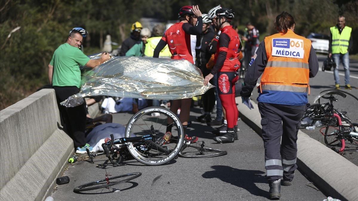 Un ciclista muerto y ocho heridos cuando un vehículo los arrolló en A Guarda (Pontevera) en el 2016