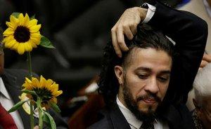 Un diputat homosexual brasiler abandona el país per amenaces de mort