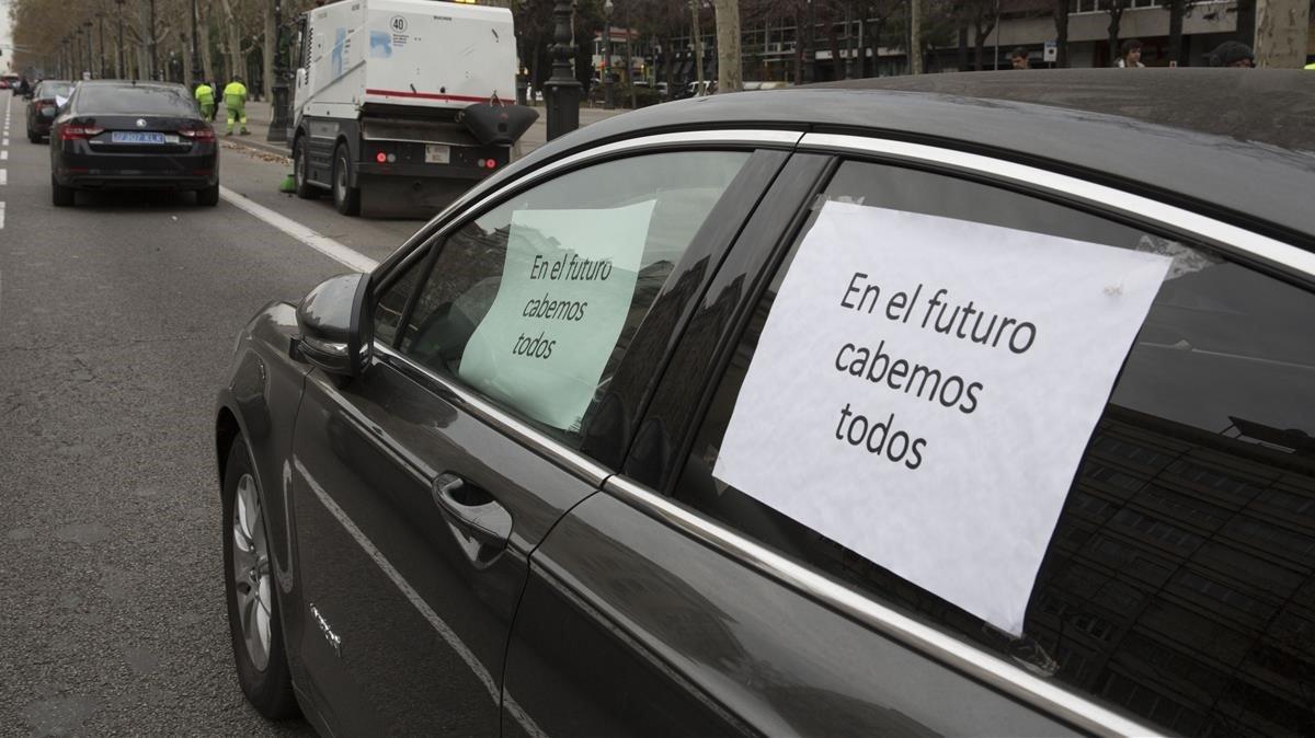 UnVTC de Barcelona exhibe una cartel reivindicativo.