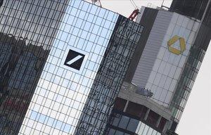 Deutsche Bank i Commerzbank acceleren les converses per a una fusió