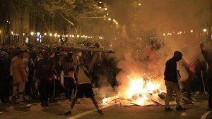 Grupos independentistas, este miércoles en Gran Via/Marina.