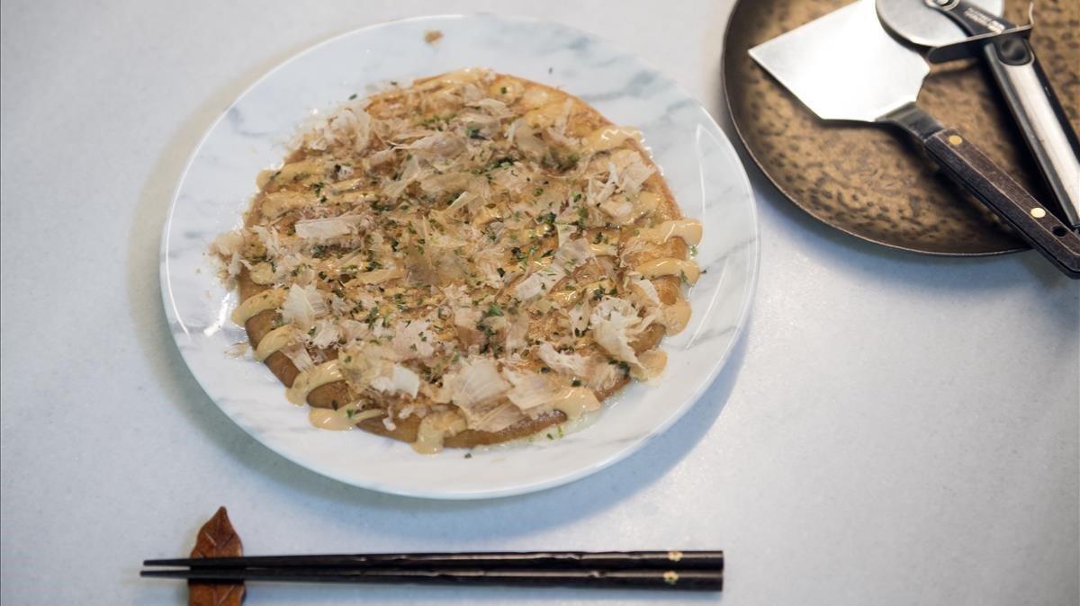 La pizza japonesa con cocochas del restaurante Soluna.