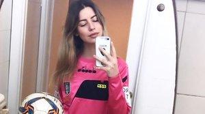 Assetjament sexista a una àrbitra: un futbolista li demana una fel·lació i rep insults des de la grada