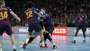 El FC Barcelona impuso su defensa frente al HBC Nantes.