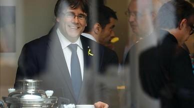Puigdemont espera el Gordo