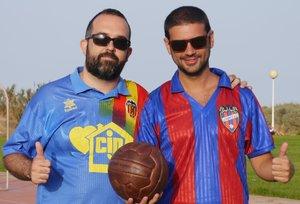 Carlos Roberto y Miquel Sanchis, los autores del libro.