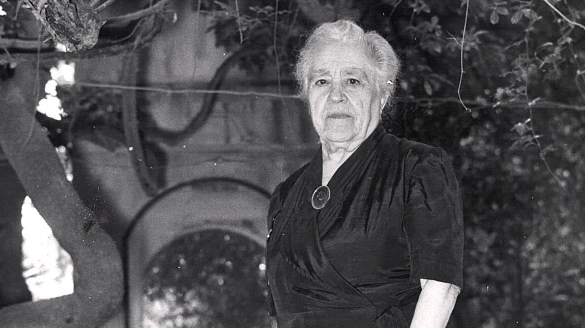 Caterina Albert, más conocida por su seudónimo Víctor Català.
