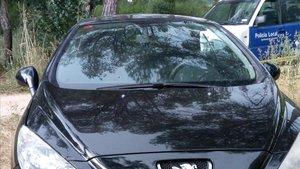 El coche robado en Roses y que fue abandonado en Llagostera.