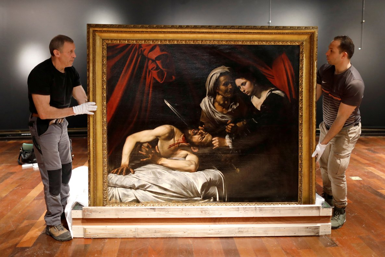 El cuadro 'Judith decapita a Holofernes', atribuido a Caravaggio, el pasado día 14.
