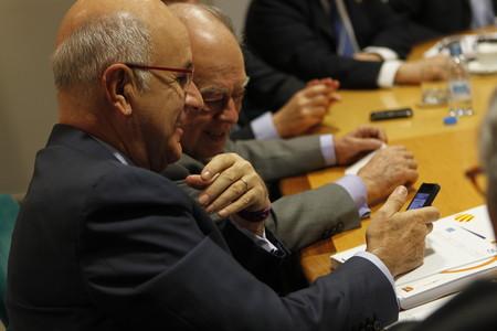 Duran ensenya un missatge a Pujol en la reunió de la direcció de CiU.