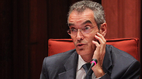 El expresidente de Caixa Laietana Josep Ibern comparece en el Parlament