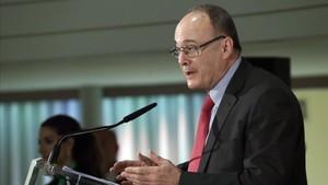 El gobernador del Banco de España, Luis MaríaLinde,durante el desayuno informativo de esta mañana.