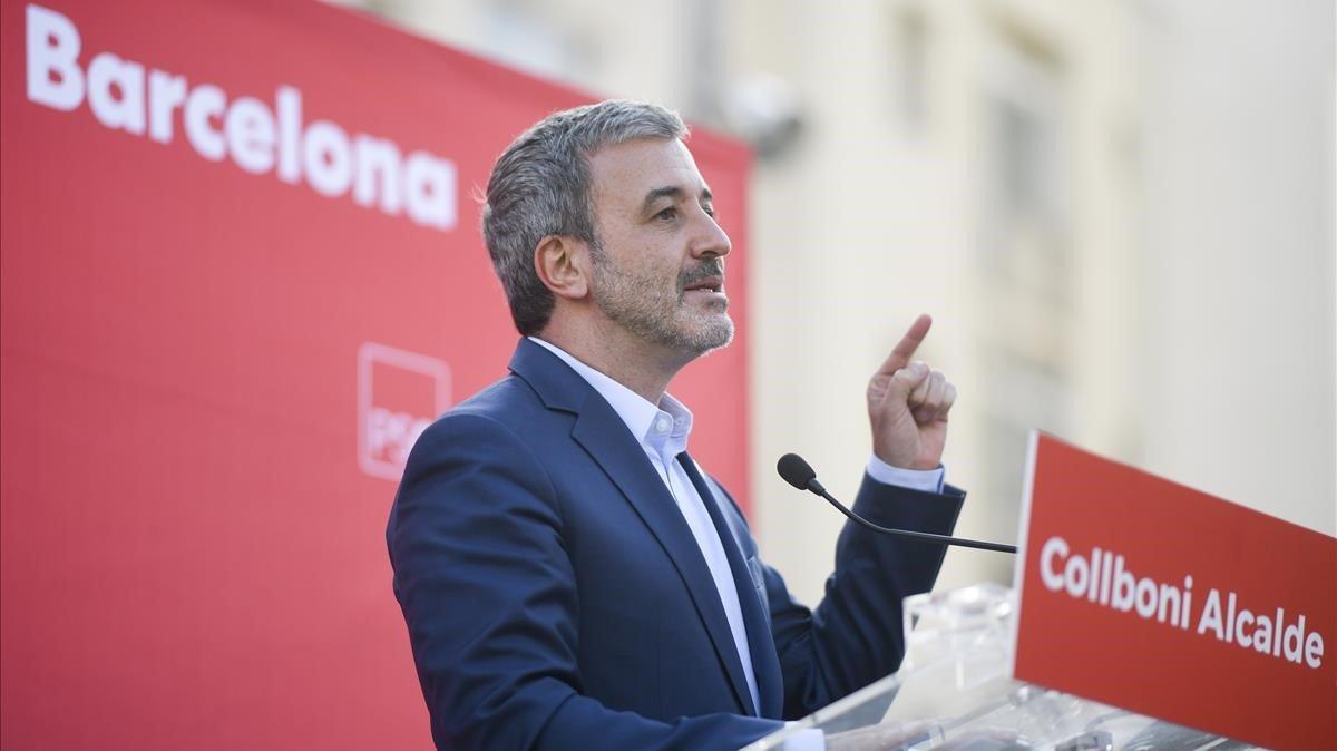 Jaume Collboni, en un acto de campaña en el distrito de Les Corts.
