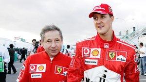 Jean Todt junto a Michael Schumacher durante un Gran Premio.
