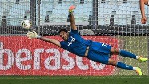 La Juventus albira el títol amb un Buffon de rècord