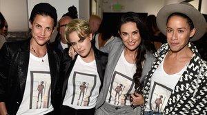 Demi Moore posa con su noviaMasha Mandzuka; su hija Tallulah Willis y una amiga común, el pasado mes de octubre, en Hollywood.