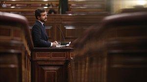 El presidente del PP, Pablo Casado, en la tribuna del Congreso