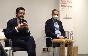 Presentación en la Librería Blanquerna de Madrid del libro 'No matarás. Memoria Civil' de Eduardo Ranz. A la izquierda, el autor. Junto a él, el expresidente José Luis Rodríguez Zapatero.