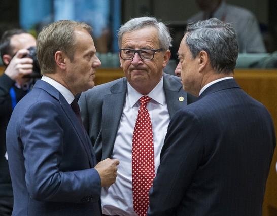 Una ue perpleja cita a los l deres a una cumbre extraordinaria for Presidente del consejo europeo