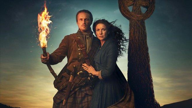 Sam Heughan y Caitriona Balfe, en la quinta temporada de 'Outlander'.