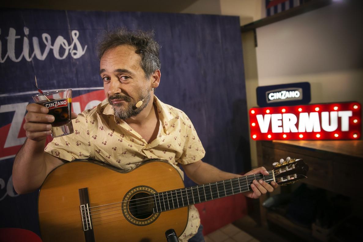 Un vermut musical con Santi Balmes, el cantante de Love of Lesbian, en el restaurante ChichaLimoná.