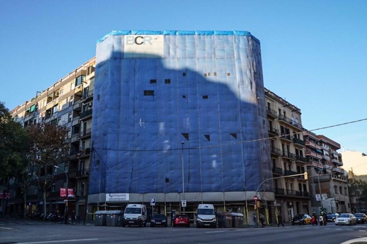 Aturades les obres d'un edifici de l'Eixample per protegir els drets dels inquilins