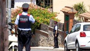 Una patrulla de los Mossos d'Esquadra, en Sant Cugat del Vallès.