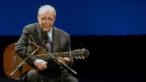 El legendarioJoãoGilberto, en el 2008, durante un concierto en el Teatro Municipalde Río de Janeiro.