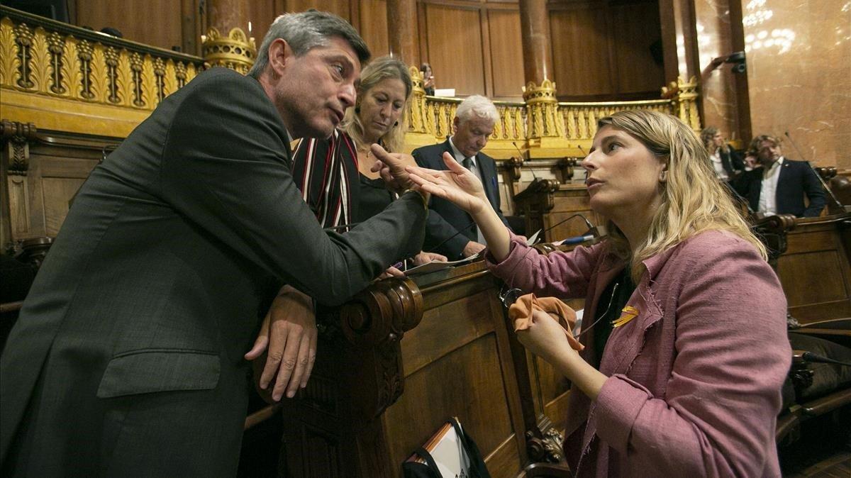 JxCat echa a cinco consejeros municipales en Barcelona por permanecer fieles al PDECat