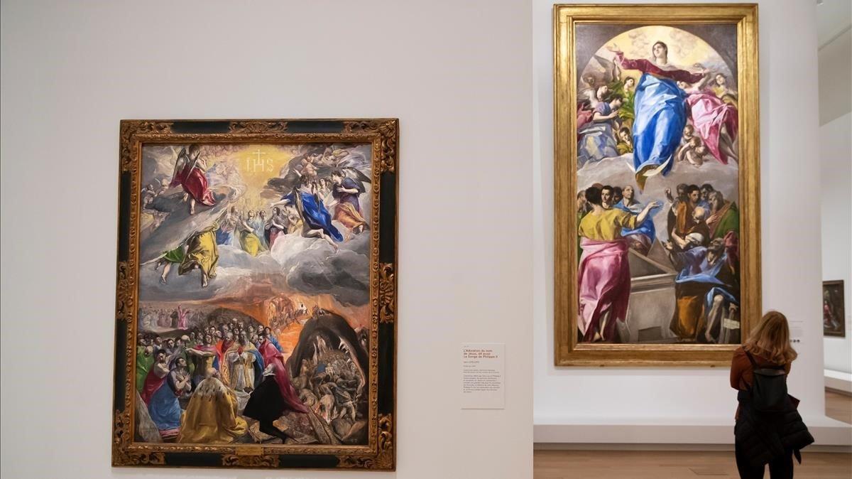 'Adoración del sagrado nombre de Jesús' (izquierda) y 'La asunción de la Virgen' (derecha), en la muestra del Grand Palais.