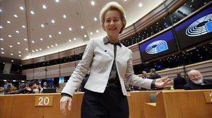 Ursula von der Leyen en el pleno del Parlamento Europeo antes de la presentación de su propuesta de Pacto Verde, este miércoles.