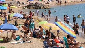 Augment «significatiu» de banyistes a la Costa Brava però sense aglomeracions