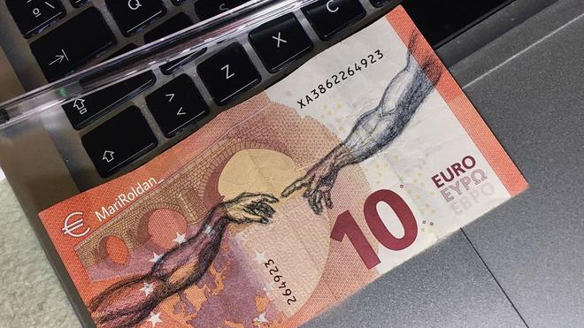 Resultado de imagen de billetes pintados a mano maria roldan