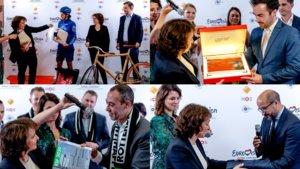 Algunas de las ciudades candidatas a albergar Eurovisión 2020 entregando sus dossieres.