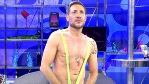 Antonio David Flores se desnuda en el plató de 'Sálvame' por dinero