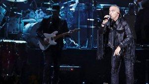 El cantautor italiano Eros Ramazzotti durante el concierto ofrecido enMadrid para presentarVita Ce Ne.