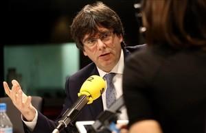El president Carles Puigdemont, durante la entrevista que ha concedido este jueves en la cadena SER.