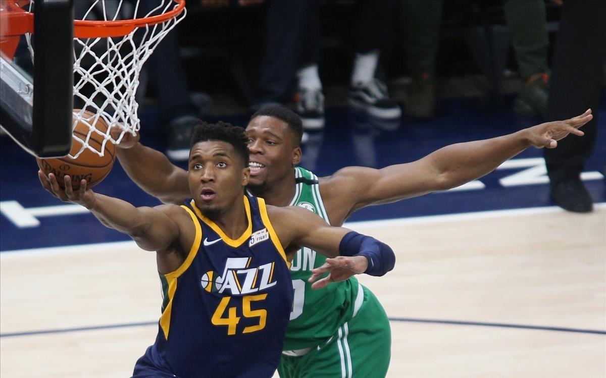 Donovan Mitchell, en acción, en un encuentro contra los Celtics
