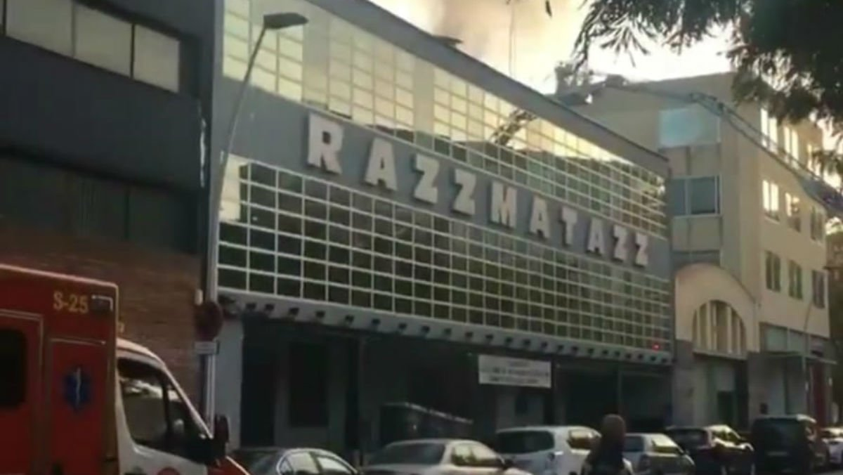 Fachada de Razzmatazz, en cuyos alrededores sucedió la pelea.