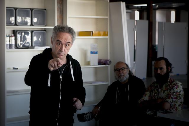 Ferran Adrià presenta la sede de la Bullipedia Lab, en la calle de Mèxic de Barcelona, el pasado 1 de abril.