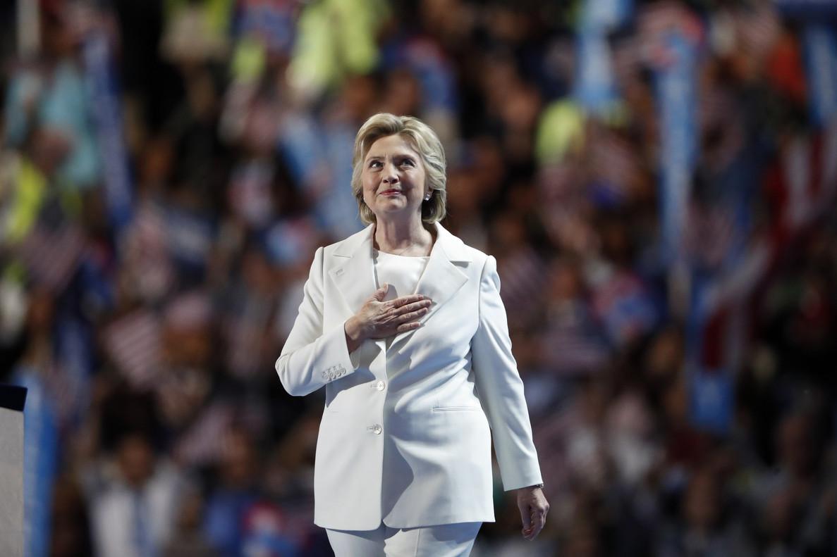 Hillary Clinton, antes de pronunciar su discurso de aceptación de la nominación demócrata, el jueves en Filadelfia.